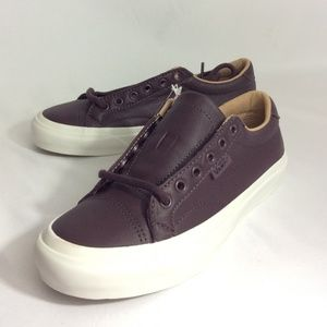 NWT Vans Court DX Leather Unisex Sneakers